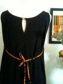 vestido detalle back