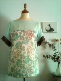 Blusa Rosas verdes 1 Green roses blouse 1 35€