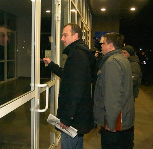 Egor Sobolev and Semen Semenchenko try to get into the City Council