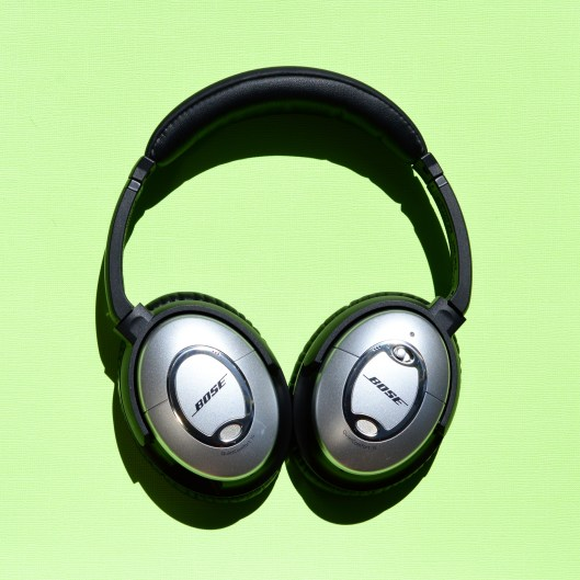 Bose-headphones (2)