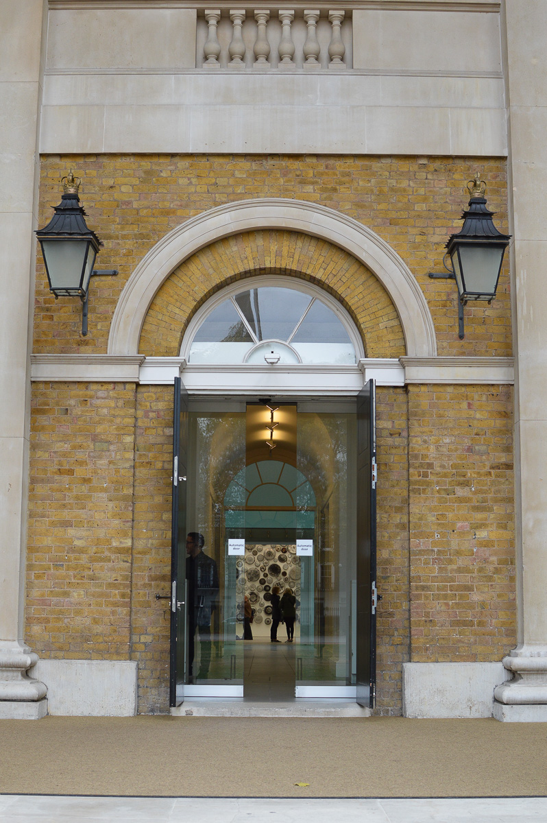saatchi-gallery-entrance