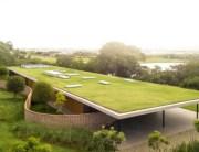 planar-house-studio-mk27-architecture-brazil_dezeen_2364_hero2-822x462
