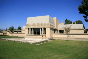 FLW's Hollyhock House in Barnsdale Park