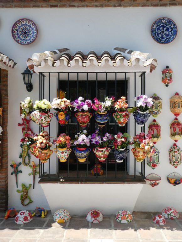 Handicraft shop