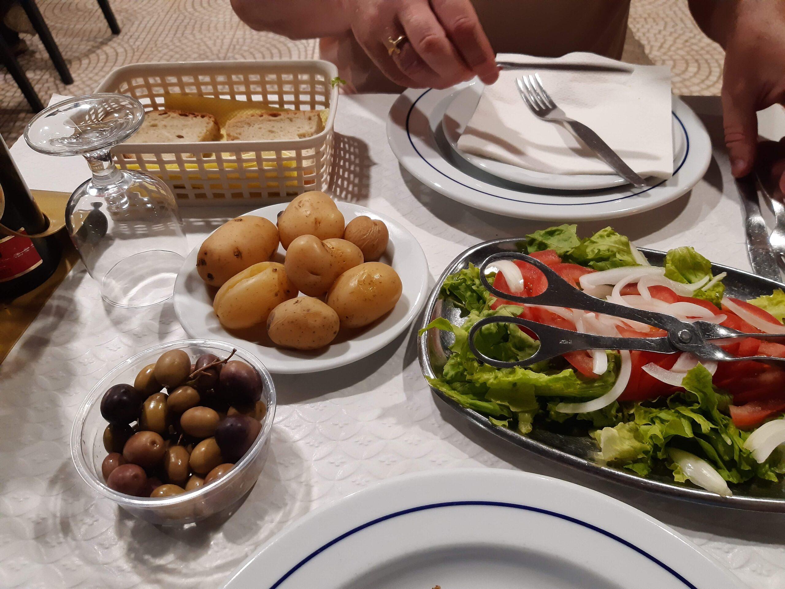 Dinner at Tres Palmeiras in Tavira