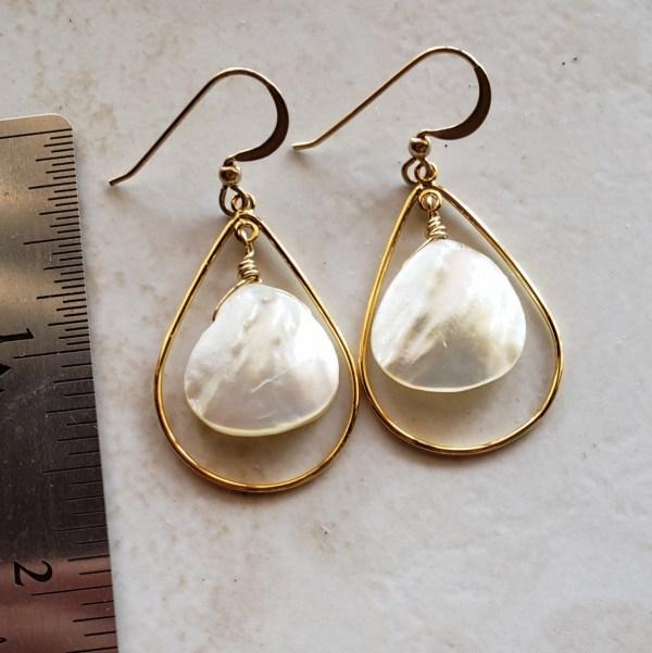 small mother of pearl teardrop earrings