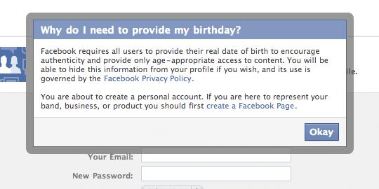 Il dialogo modale di Facebook spiega perché gli utenti devono fornire la loro data di nascita al momento dell'iscrizione.