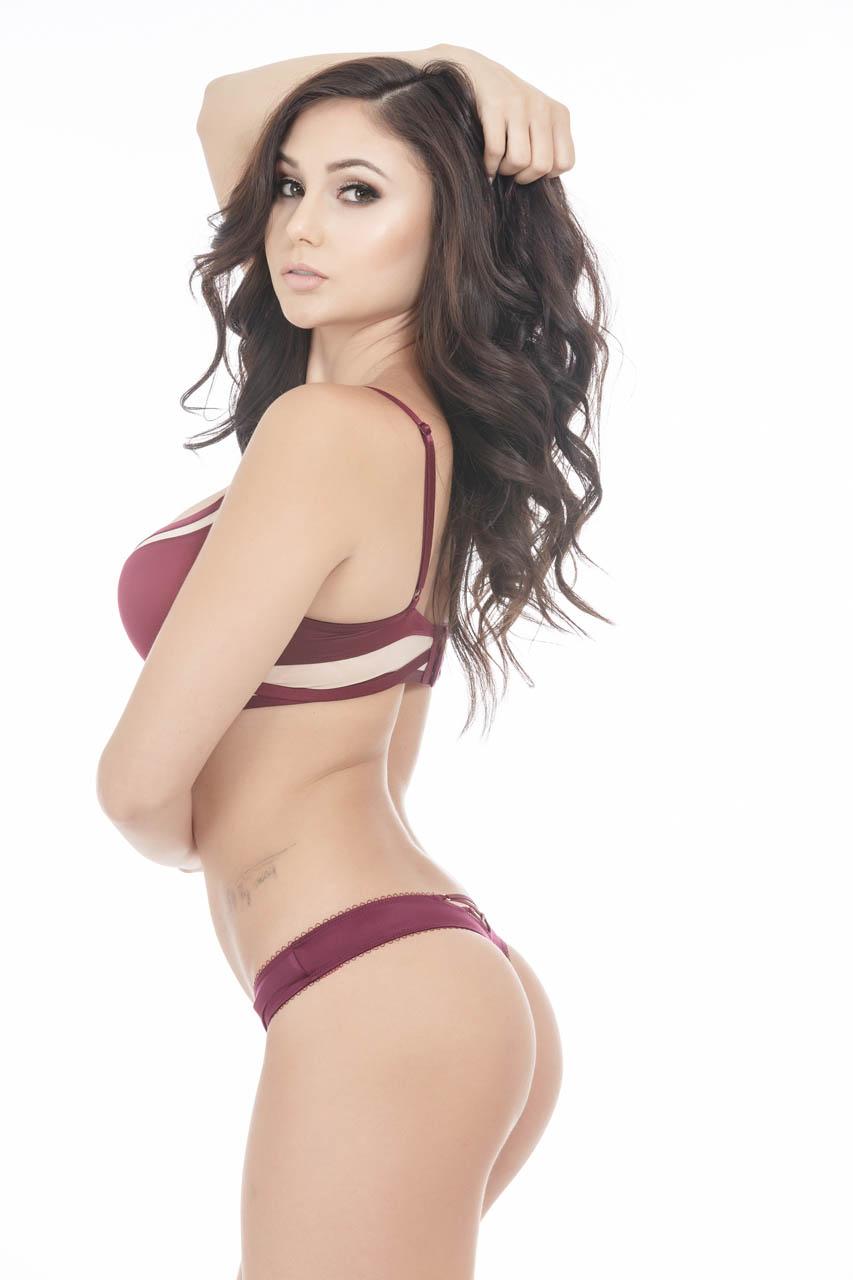 Arianna Marie