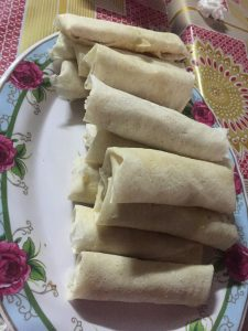 Pre-cooked spring rolls