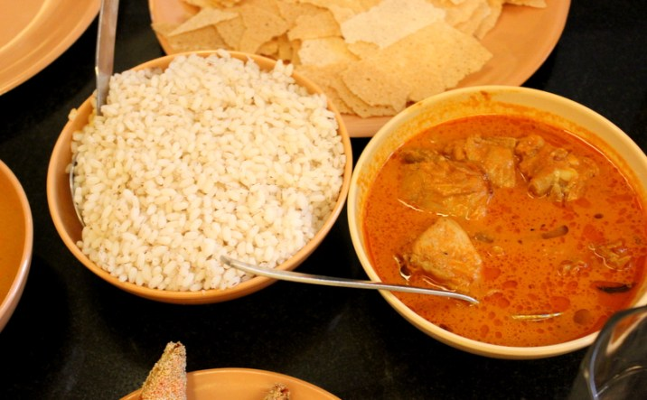 Red Rice and Chicken Curry