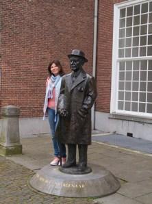 statue Louis Couperus, Lange Voorhout