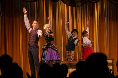 The Hoop Dee Doo Revue!