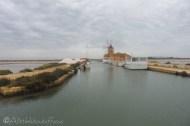 1-salt-piles-and-windmill