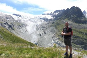 14 Andy above the glacier