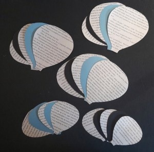 DIY Friday – Bookish air balloon mobile 5