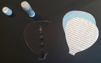 DIY Friday – Bookish air balloon mobile 6
