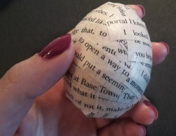 DIY Friday – Bookish Easter eggs 12