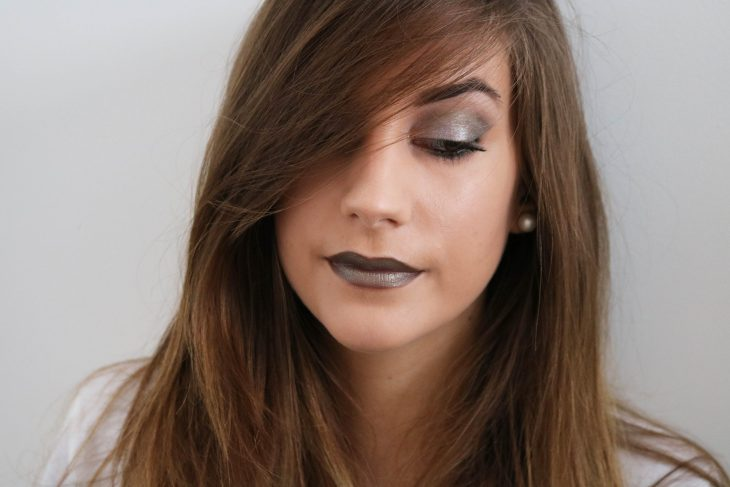 Maquillage vert de gris kaki monday shadow challenge