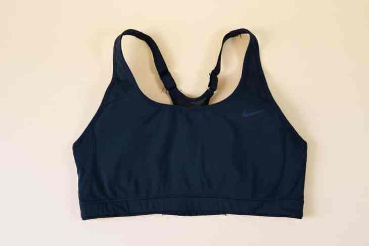 Indispensables de mon sac de sport : brassière de sport Nike
