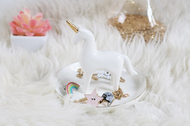 5 idées cadeaux licorne : porte bijoux Maisons du Monde