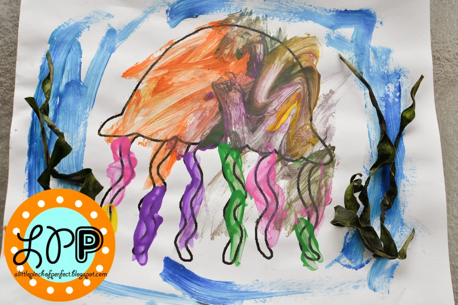 Ocean Animals Free Printable Includes 8 Animals Amp How To Make Seaweed