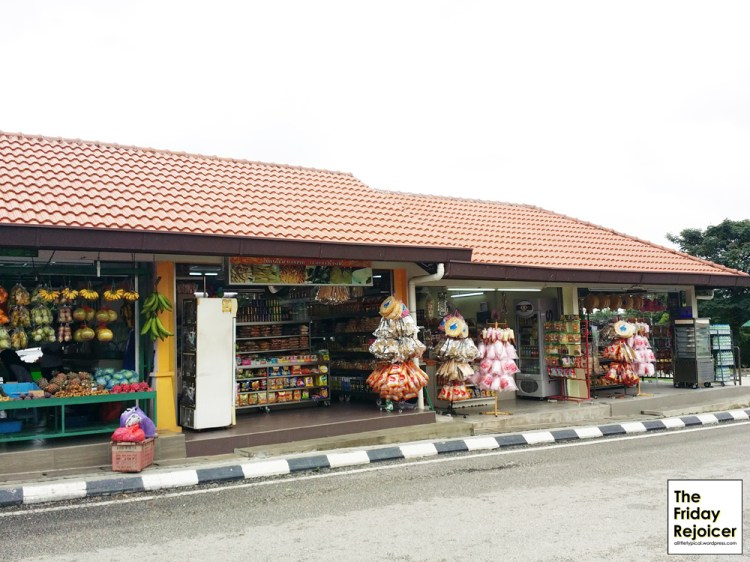 Fruits and snacks store