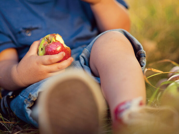Oral Allergy Syndrome: Is That Apple Making Your Mouth ...