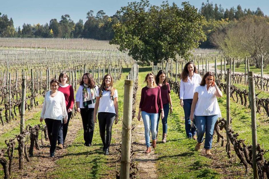 duva-portugal-wine-girls-vinha