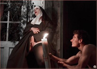 Religieuse_webH_0047_pale