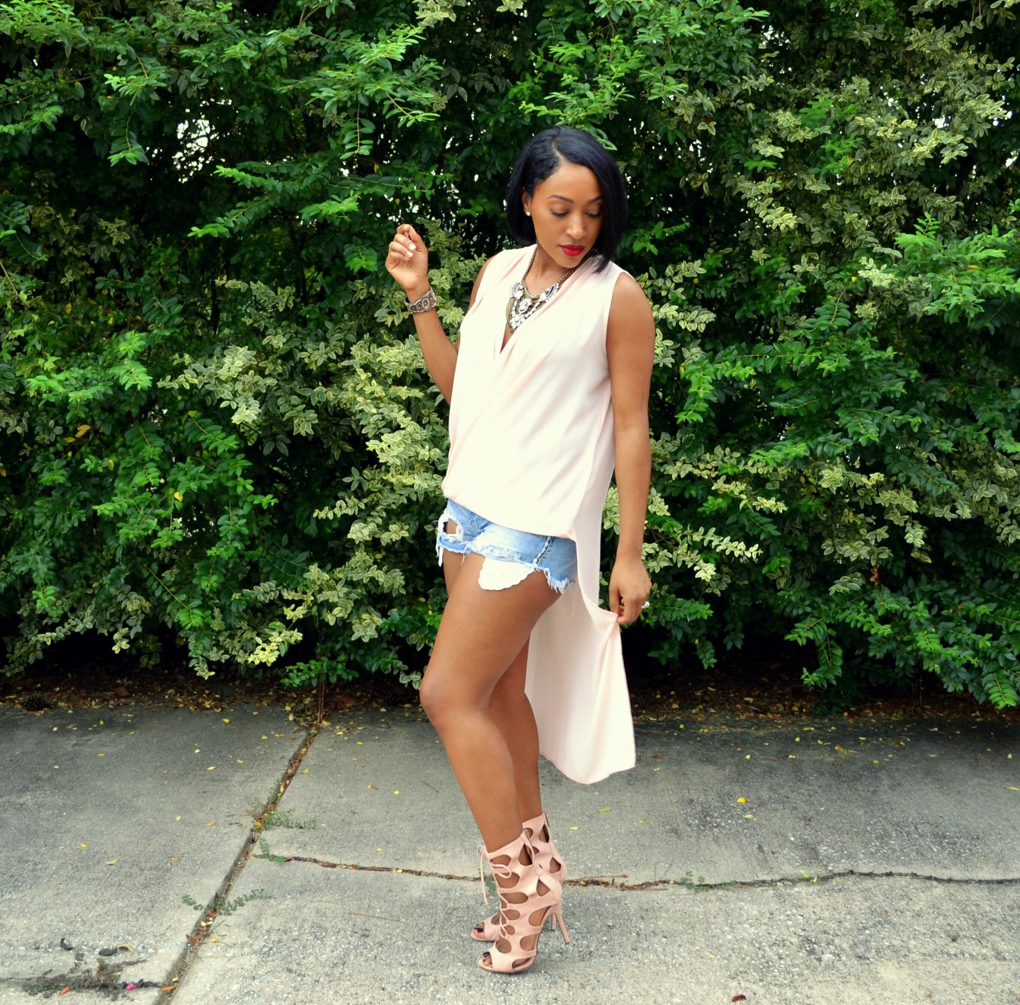 Short Shorts: The Modest Gal Style