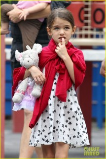 Suri Cruise Little Red Riding Hood