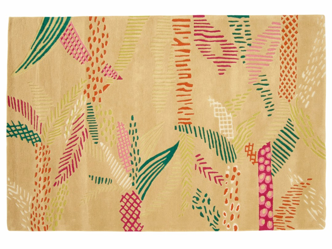 Rectangular wool rug with floral pattern by Marie-Aurore Stiker-Metral - Tropical rugs - Transform your home into a tropical paradise | Aliz's Wonderland
