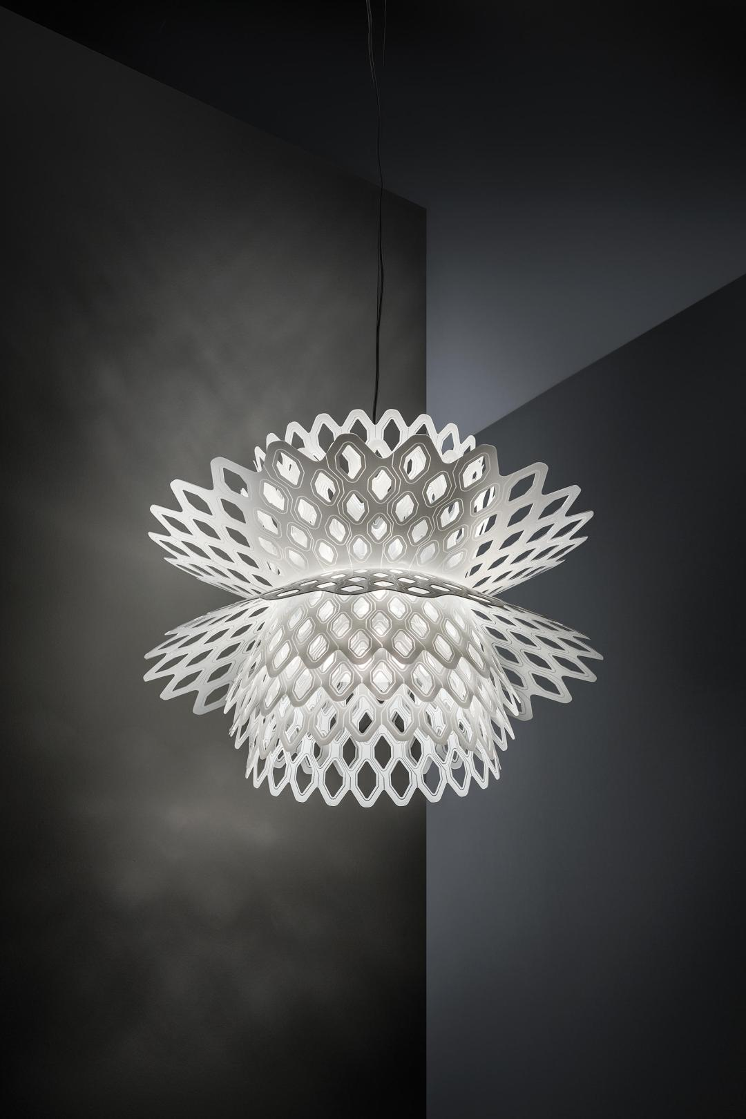 Doriana Fuksas' Desert rose lamp - How to give life to your interior with floral pattern? | Aliz's Wonderland