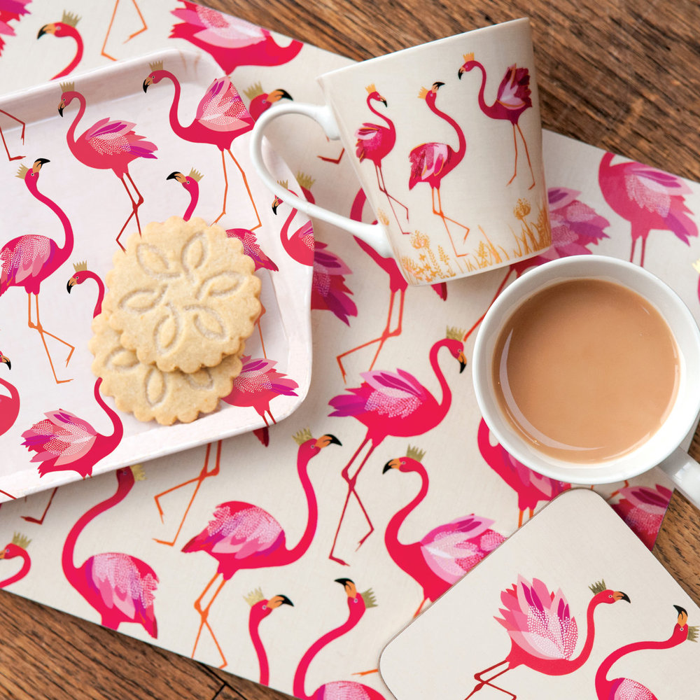 Flamingo patterned placemats, tray and coasters by Sara Miller - Decorate your home with flamingos | Aliz's Wonderland