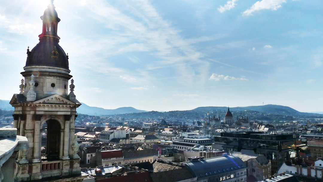 Visit St. Stephen's Basilica and its Panorama Lookout Tower - Budapest bucket list - Top things to do in Budapest | Aliz's Wonderland #travel #Budapest #bucketlist #Budapestbucketlist #printable