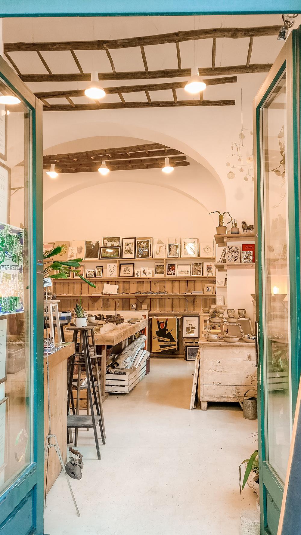 Csendes Concept Store - Budapest design shop guide to best Hungarian souvenirs | Aliz's Wonderland