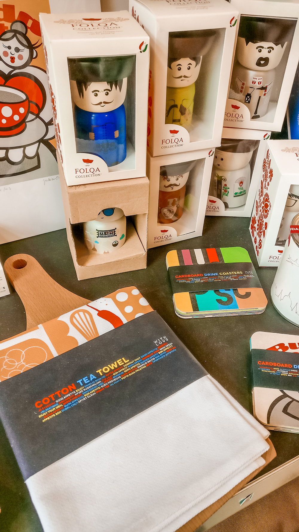 Fekete Design Spot / Insitu - Budapest design shop guide to best Hungarian souvenirs | Aliz's Wonderland