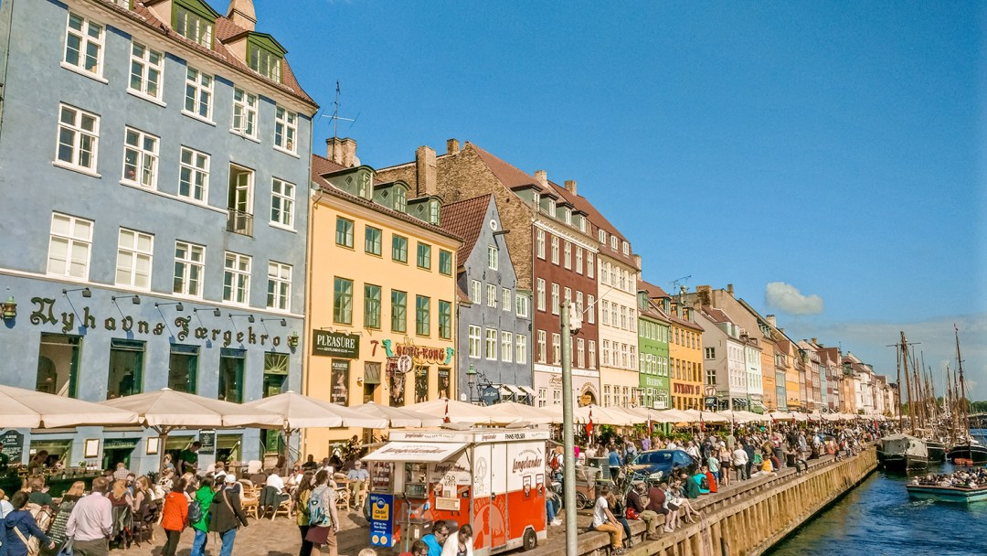 Nyhavn - Copenhagen 3-day travel itinerary | Aliz's Wonderland