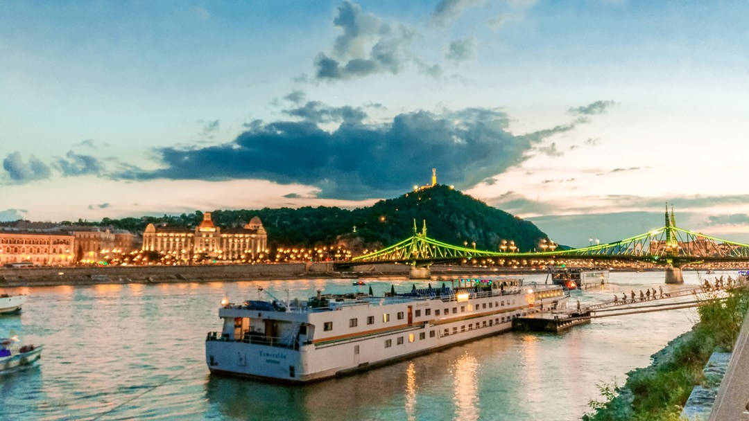 The view from Esetleg Bar & Bistro in Bálna Budapest - Budapest's best outdoor bars along the Danube, a local's picks | Aliz's Wonderland