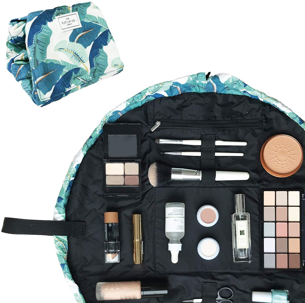 Open flat makeup bag by The Flat Lay Co. - Useful gift ideas for travel lovers | Aliz's Wonderland
