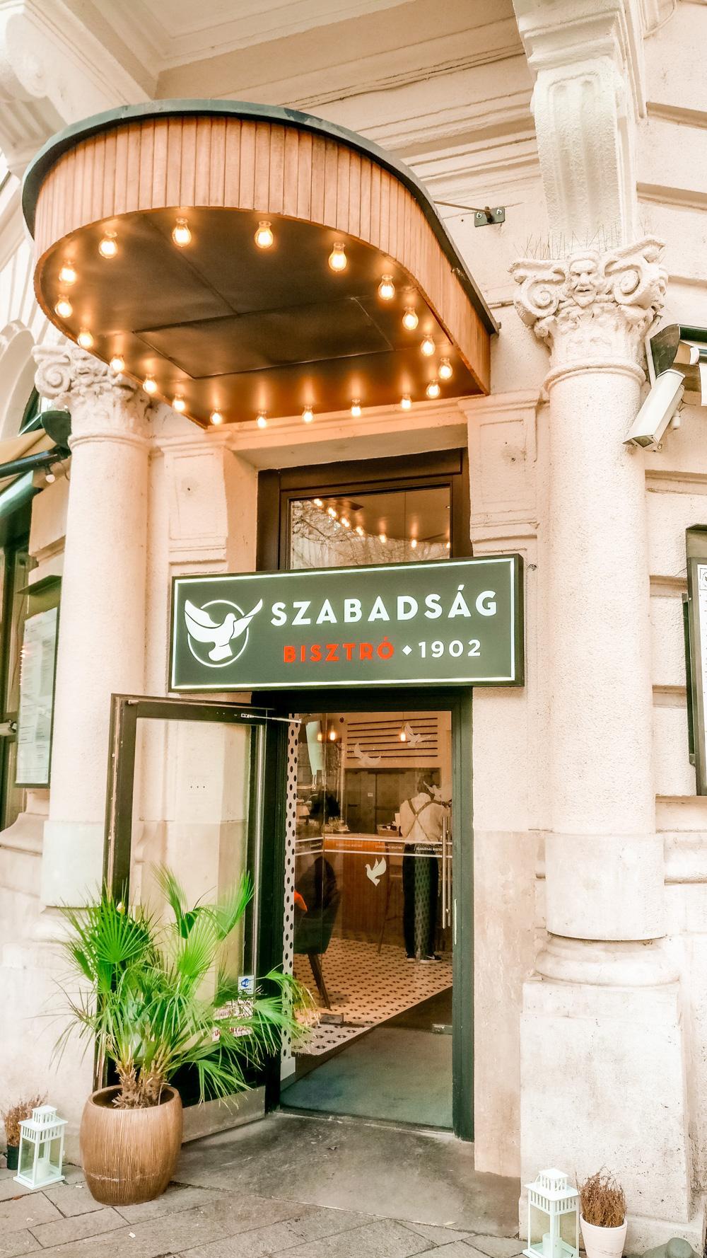 Szabadság Bisztró - Budapest's best breakfast & brunch places close to the Parliament | Aliz's Wonderland