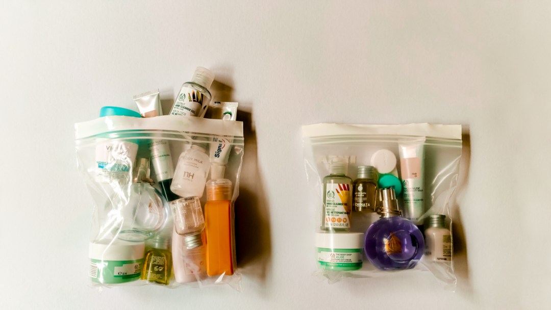 How to reduce and replace your liquids in your carry-on? - Must-have eco-friendly and zero waste toiletries for travel (and every day) | Aliz's Wonderland