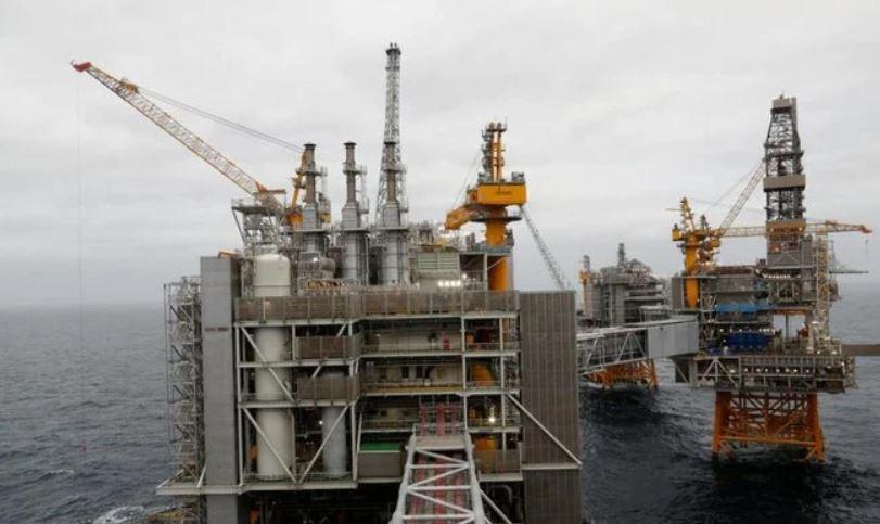 """""""باركليز"""" يرفع توقعاته لأسعار النفط بنحو 4 دولارات للبرميل في 2020"""