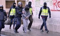 هولاندا تعد بطرد و إسقاط جنسية المغاربة المتشددين.