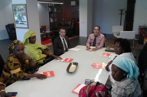 القنصل العام للمملكة المغربية بمنطقة طاراغونا يستقبل وفدا سنغاليا يضم جمعيات المجتمع المدني