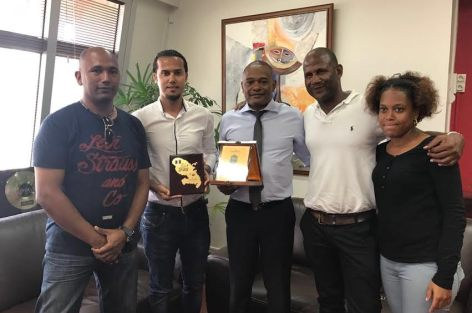 تكريم العايدي رئيس الجامعة الافريقية للجيث سكي بجزيرة المارتينك الفرنسية