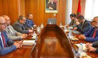 الدكتور عبد الله بوصوف الأمين العام لمجلس الجالية المغربية بالخارج يستقبل عمدة مدينة سان إتيان الفرنسية و مرافقيه.