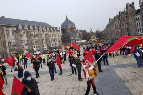 روبورتاج: مغاربة بلجيكا يدعمون تدخل القوات المسلحة  لتحرير المعبر التجاري للكركرات