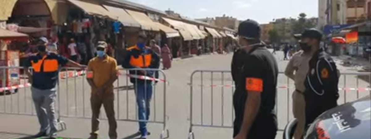 بعد تحولها لبؤرة انتشار كورونا.. السلطات تغلق عدد من الأحياء بمنطقة سيدي مومن (صور)