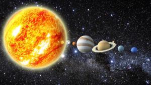 ثلاثة كواكب تقترب من القمر في أكتوبر الجاري